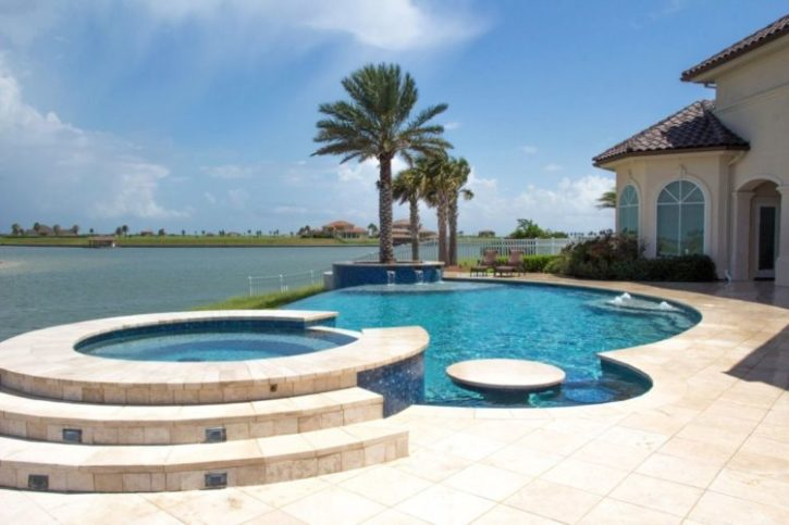High Quality Pool Builder in Victoria Texas