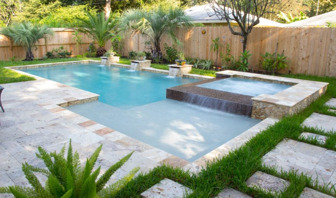 Custom Swimming Pool Builder in Houston Texas