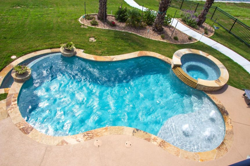 Concrete vs Fiberglass Pool