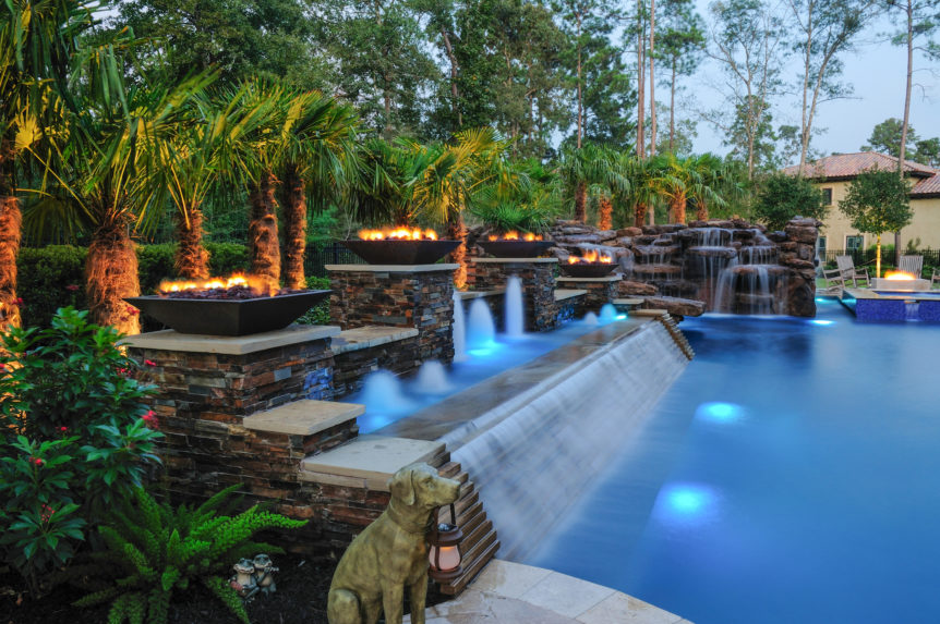 Best Swimming Pool Fire and Water Features