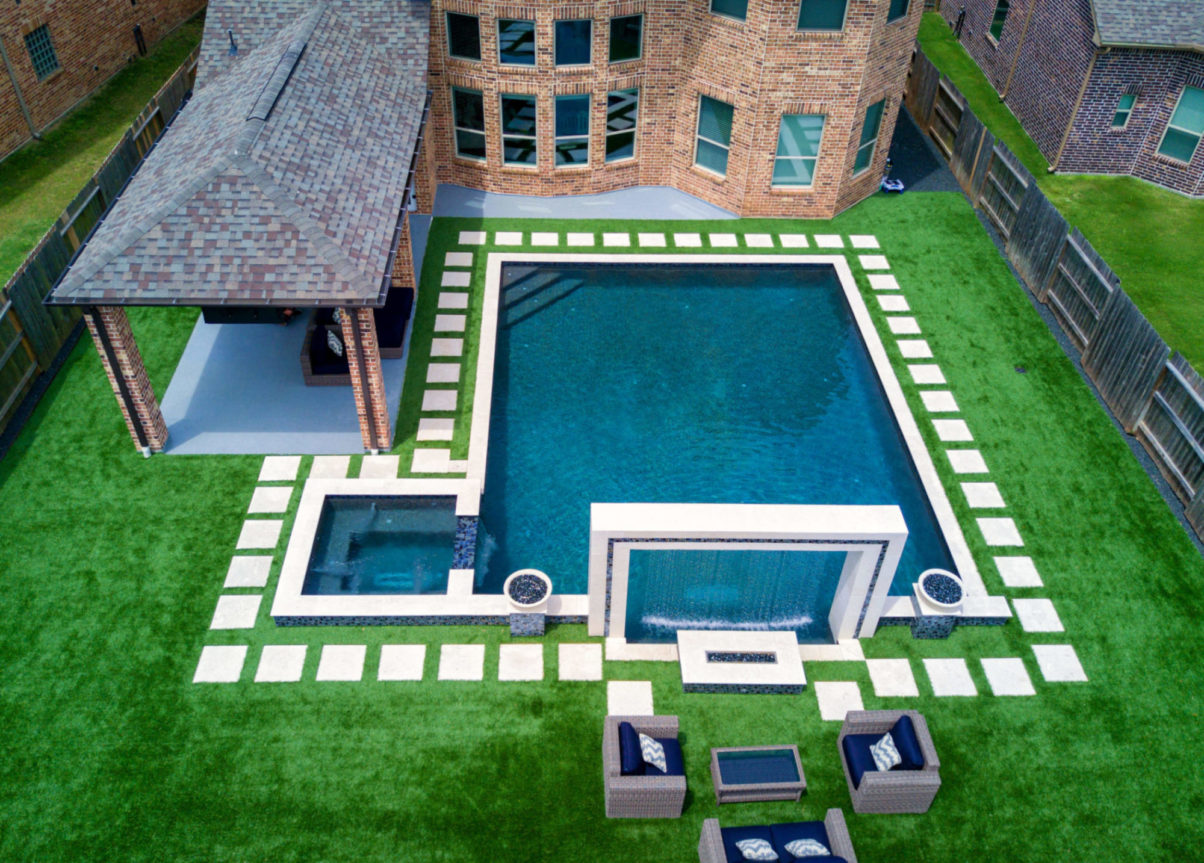 Pool With Artificial Turf